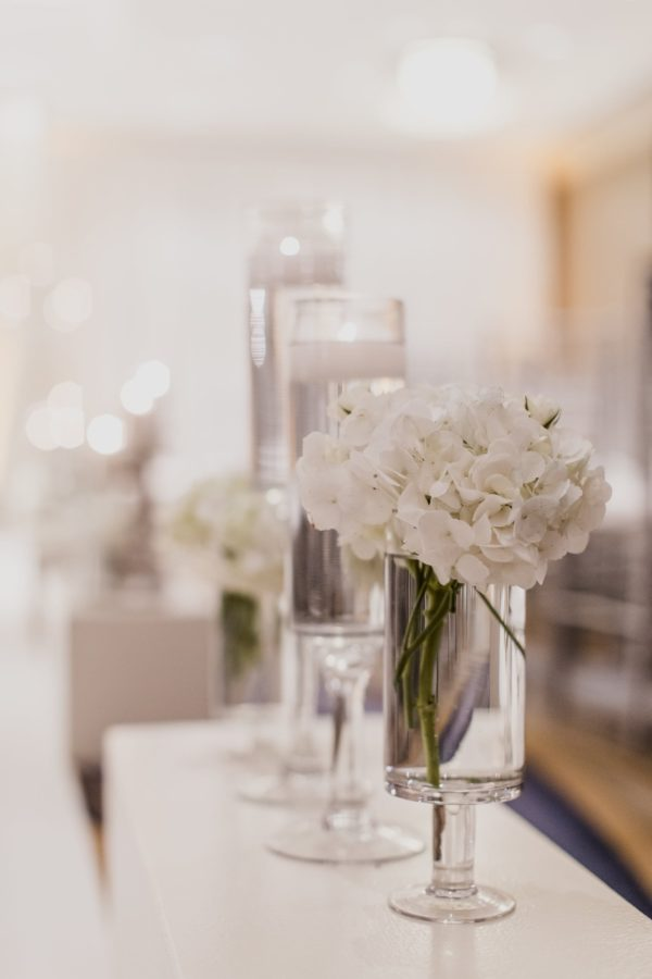 CHI Chic Weddings & Events - Hyatt Centric Chicago Magnificent Mile Wedding - Photography by Rebekah Albaugh Photography