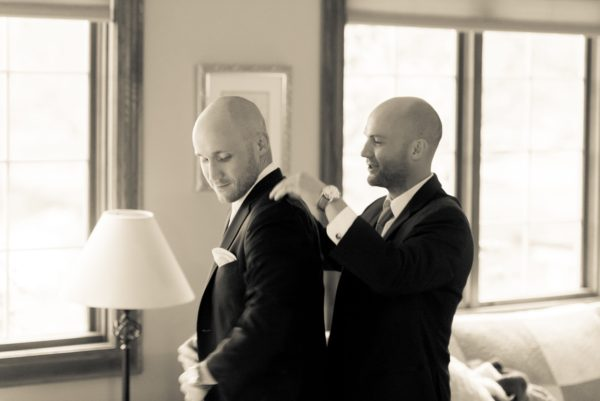 CHI Chic Weddings & Events - Wedding at Embassy Suites Naperville - Photography by Jonathan Durling Photography
