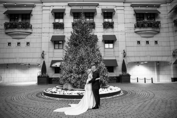 CHI Chic Weddings & Events - Waldorf Astoria Chicago Wedding - Photography by Ann & Kam Photography & Cinema